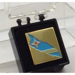 Alfileres (pins) con la bandera de Aruba.