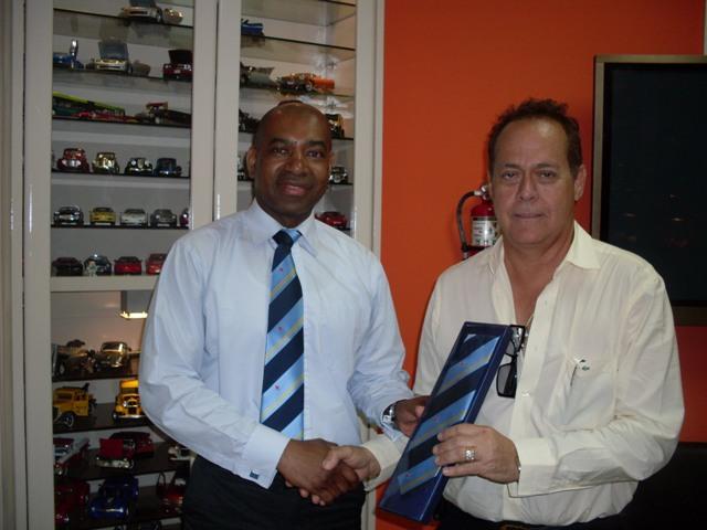 Bezoek Directeur Brite Bakery Aruba